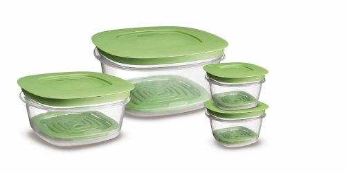 Rubbermaid 7J93 Produce Saver Square Food Storage Containers Set of