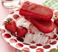healthy-homemade-strawberry-popsicles